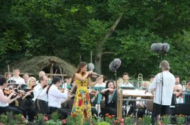 Classical outdoor music tonight at Butuceni
